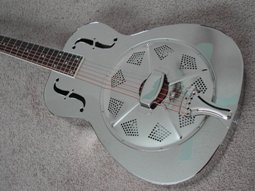 acoustic resonator